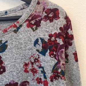 Lane Bryant Sweaters - Lane Bryant Floral 3/4 Sleeve Sweater, Shirt